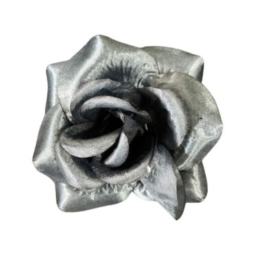 Trandafir mare negru